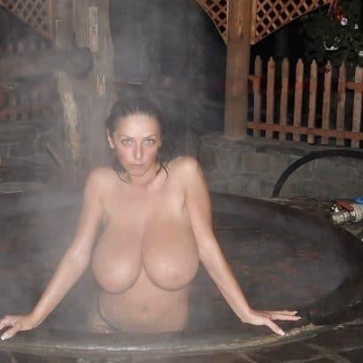 Heiße Frauen Bilder Whirpool
