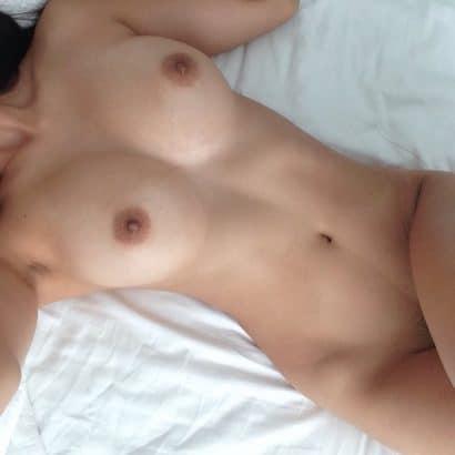ASiatische Nackte Hausfrauen