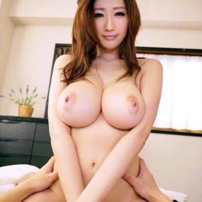 Nacktbilder von Frauen Asia