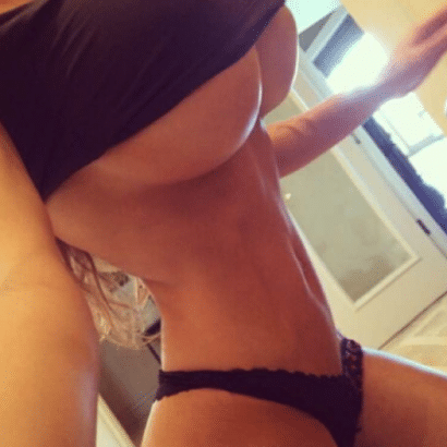 Heiße Models mit Silikon Titten