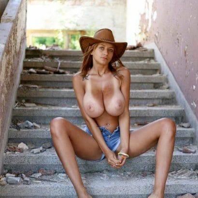 Heiße Models mit dicken Titten