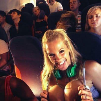 Nacktselfies im Flugzeug