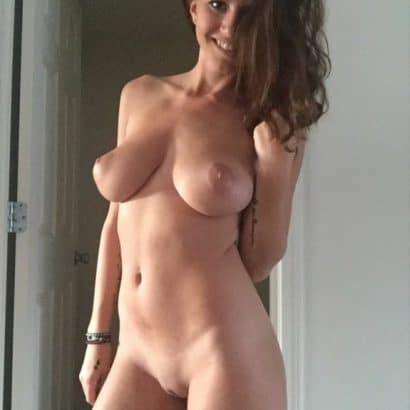 Pralles Selfie nackt