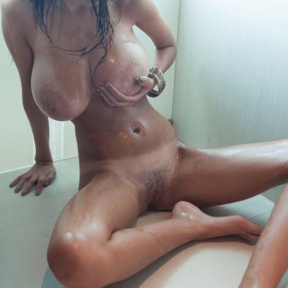 Ölige Erotik Girls