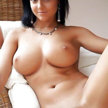 Hausfrauen nackt komplett