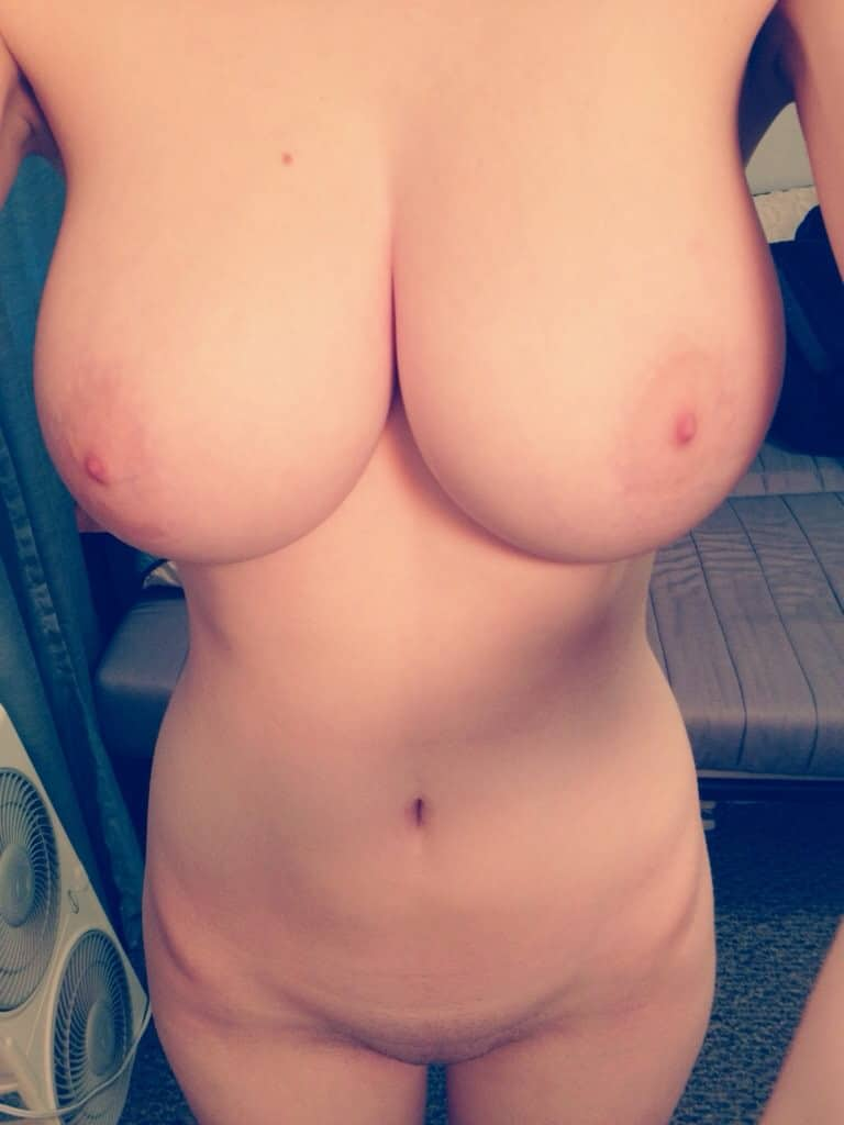 Freundin nacktbilder ex Freund hat